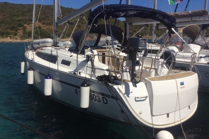 Bavaria Yachts 37 Cruiser for charter in Italy (Sardinia) from €1,425 / week