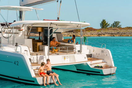 Lagoon 420 for charter in Greece from €3,500 / week