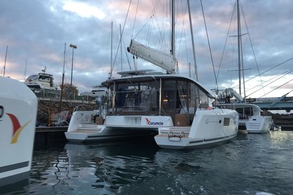 Lagoon 42 for charter in Italy (Sicily) from €4,290 / week