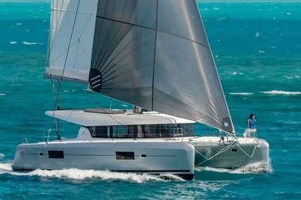 Lagoon 42 for charter in Italy (Sardinia) from €4,500 / week