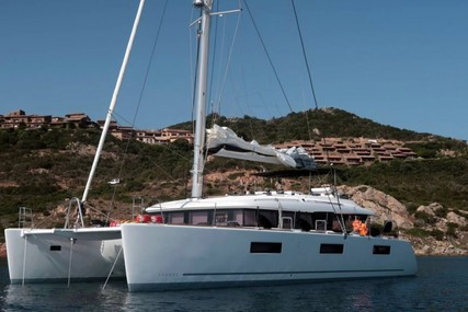 Lagoon 620 for charter in Italy (Sardinia) from €20,000 / week
