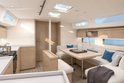 Galeon 510 SKY for charter in Spain (Balearic Islands) from €13,000 / week