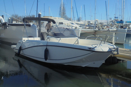 Quicksilver 675 Activ for sale in France for €39,000 (£32,654)