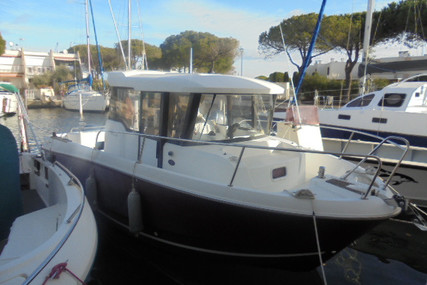 Jeanneau Merry Fisher 755 Marlin for sale in France for €36,900 (£32,348)