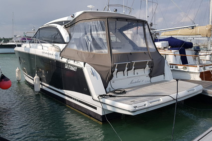 Jeanneau Leader 40 for sale in France for €238,000 (£212,180)