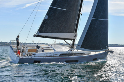 Beneteau Oceanis 461 for sale in France for €274,680 (£229,987)