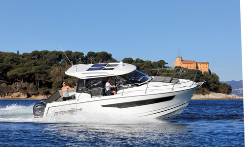 Image of Jeanneau Merry Fisher 895 for sale in France for €105,000 (£94,424) GRANVILLE, , France