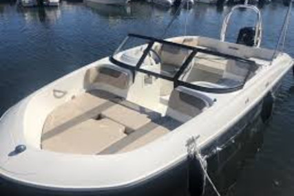 Bayliner Element E6 for sale in France for €30,990 (£27,734)