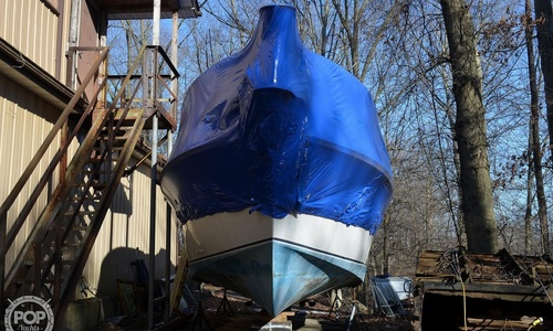 Image of Carver Yachts Montego 3257/DC for sale in United States of America for $23,000 (£16,707) Newton Falls, Ohio, United States of America