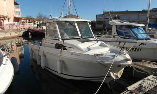 Image of Jeanneau Merry Fisher 580 for sale in France for €12,300 (£10,497) FRONTIGNAN, , France