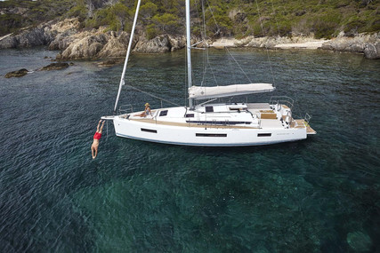 Jeanneau Sun Odyssey 440 for sale in France for €299,900 (£262,904)
