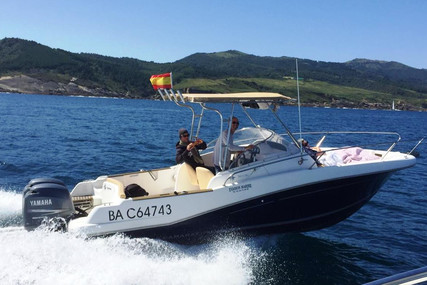 Jeanneau Cap Camarat 755 WA for sale in France for €28,000 (£24,885)
