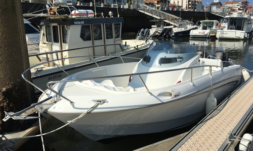Image of Beneteau Flyer 750 Open for sale in France for €25,000 (£22,218) CAPBRETON, CAPBRETON, France