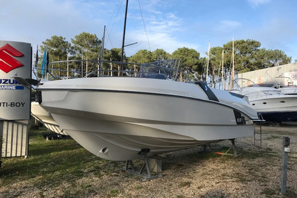 Beneteau Flyer 8.8 SpaceDeck for sale in France for €109,000 (£97,578)
