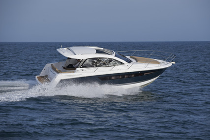 Jeanneau Leader 10 for sale in France for €120,000 (£105,353)