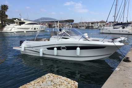 Jeanneau Cap Camarat 8.5 WA for sale in France for €85,000 (£71,162)