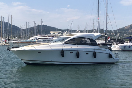 Jeanneau Prestige 38 S for sale in France for €135,000 (£118,522)