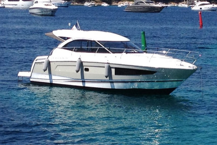 Jeanneau Leader 36 for sale in France for €196,000 (£174,913)