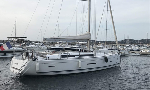 Image of Dufour Yachts 450 Grand Large for sale in France for €159,000 (£143,705) MARSEILLE, LES ISSAMBRES, France