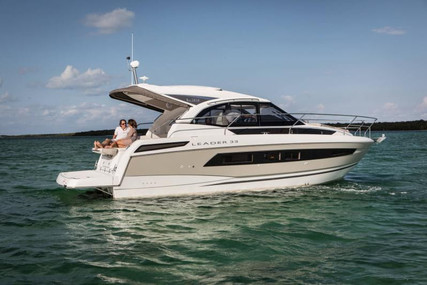 Jeanneau Leader 33 for sale in France for €230,000 (£206,476)