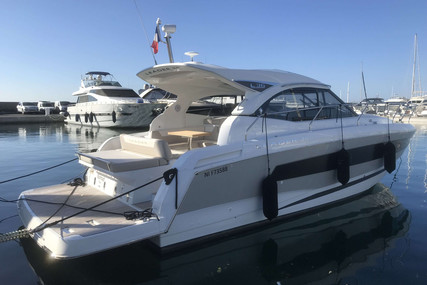 Jeanneau Leader 36 for sale in France for €245,000 (£218,641)