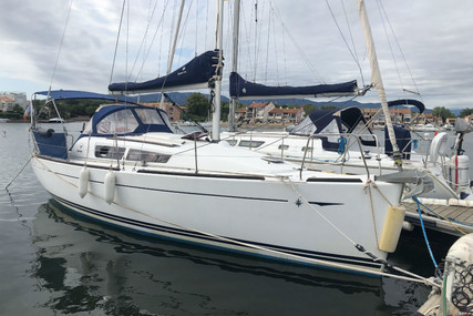 Jeanneau Sun Odyssey 30 I for sale in France for €47,000 (£39,349)