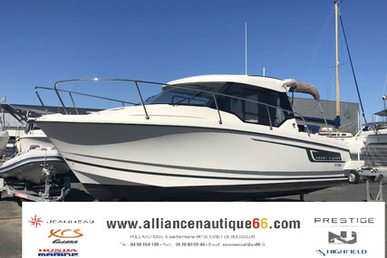 Jeanneau Merry Fisher 795 for sale in France for €50,500 (£44,721)