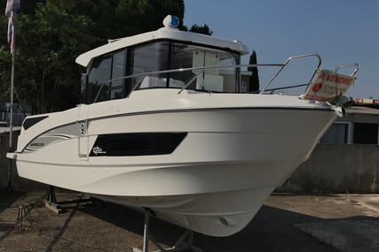Beneteau Barracuda 9 for sale in France for €129,000 (£117,228)