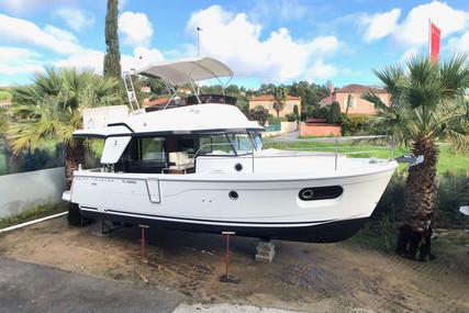 Beneteau Swift Trawler 35 for sale in France for €299,000 (£263,012)