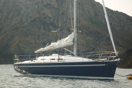 Elan 37 for sale in France for €59,000 (£53,161)