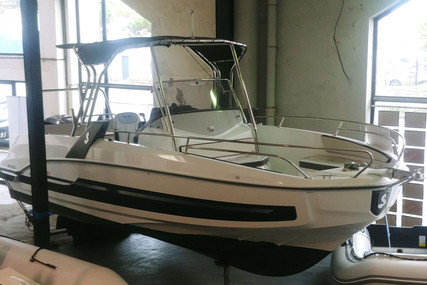 Beneteau Flyer 7.7 Spacedeck for sale in France for €58,500 (£52,371)