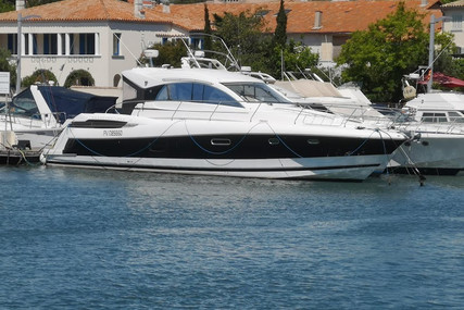 Jeanneau Prestige 50 S for sale in France for €239,000 (£203,960)