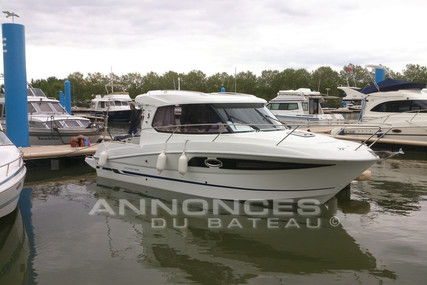 Beneteau Antares 880 HB for sale in France for €67,000 (£60,370)