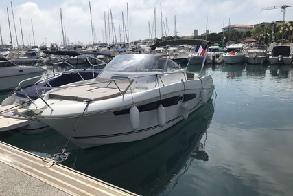 Jeanneau Cap Camarat 8.5 WA for sale in France for €82,000 (£68,651)