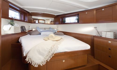 Image of Beneteau Oceanis 48 for sale in Malta for €280,000 (£251,957) Malta
