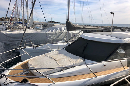 Jeanneau NC 11 for sale in France for €149,000 (£133,761)