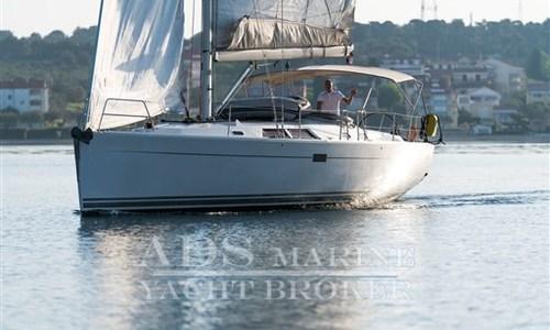 Image of Hanse 430E for sale in Croatia for €97,500 (£87,429) Istria, Croatia