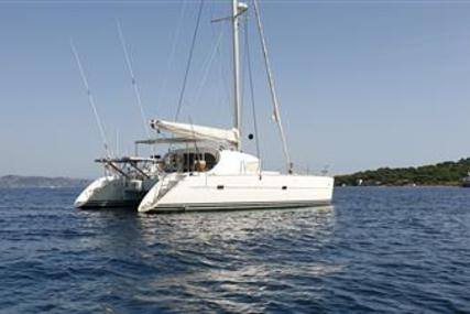 Lagoon 410 S2 for sale in France for €208,000 (£188,006)