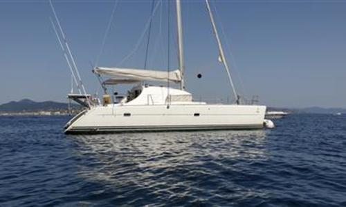 Image of Lagoon 410 S2 for sale in France for €208,000 (£188,006) France