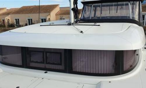 Image of Lagoon 42 for sale in France for €445,000 (£386,318) France
