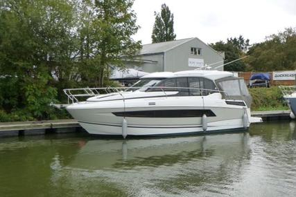 Jeanneau NC 33 for sale in United Kingdom for £199,000