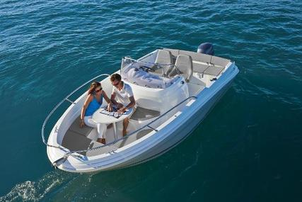 Jeanneau Cap Camarat 5.5 CC for sale in United Kingdom for £28,690