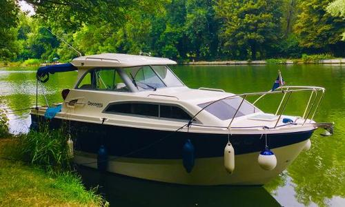 Image of Bayliner Discovery 246 for sale in United Kingdom for £34,950 Windsor, United Kingdom