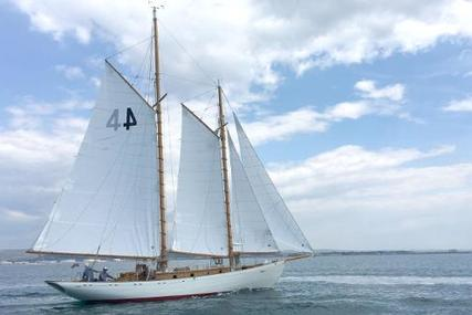 Classic Chantier de Provence Schooner for sale in France for €115,000 (£103,619)