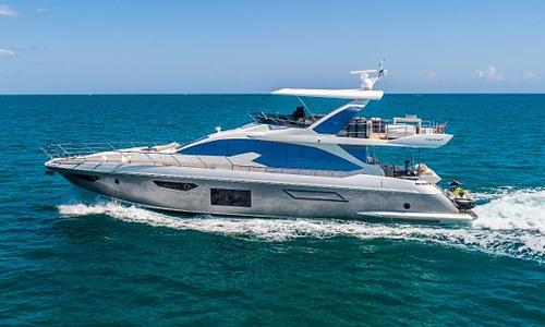 Image of Azimut Yachts Flybridge for sale in United States of America for $2,585,000 (£2,075,472) Miami, FL, United States of America