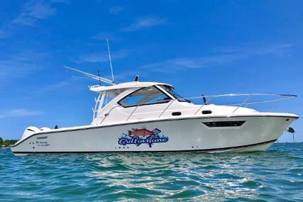 Pursuit 325 OS for sale in United States of America for $285,000 (£232,625)