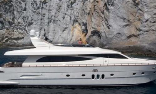 Image of Canados 86 for sale in Italy for €2,150,000 (£1,947,111) Pisa, Italy