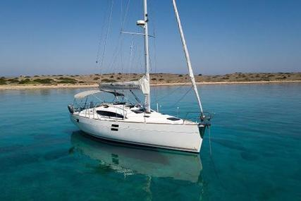 Elan Impression 394 for sale in Greece for €98,500 (£88,752)