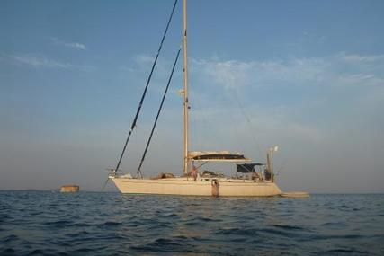 Canados 44 for sale in Greece for €55,000 (£49,481)