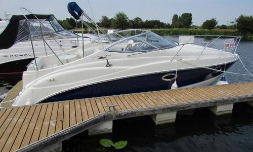Image of Maxum 2500 SE for sale in United Kingdom for £34,995 Chertsey, United Kingdom